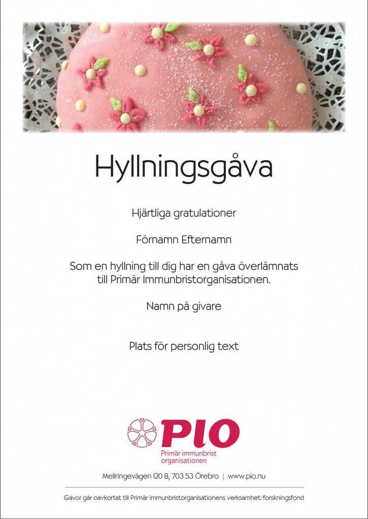 This image has an empty alt attribute; its file name is Hyllningsgava_Tarta-725x1024.jpg